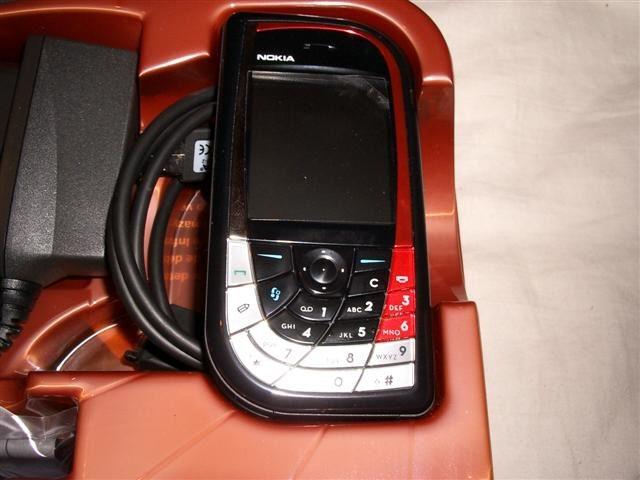 Сотовый телефон nokia 7610 фото