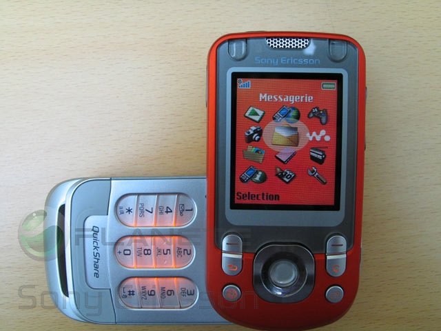 Молодую студентку трахают в общаге  Лучшее мобильное