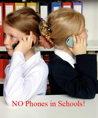 Говорит по телефону и сосёт онлайн 119