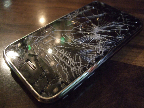 Купил телефон в мегафоне сломался на гарантии